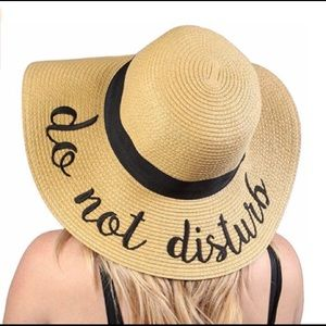 Accessories - One size fits all   Do Not Disturb   Straw Hat